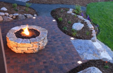 How to build your own backyard fire pit in a weekend