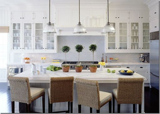 Comfortable bar stools for your kitchen