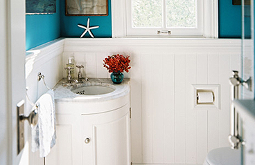 Small bathrooms pros and cons