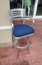 Outdoor Bar Stools & Tables