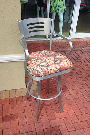 Outdoor Aluminum Stool with Arms by Lisa Furniture